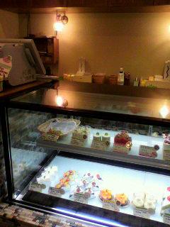 野菜のケーキ屋さんの店内